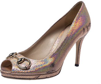 Gucci Metallic Holographic Crackle Leather New Hollywood Horsebit Peep Toe Pumps Size 37