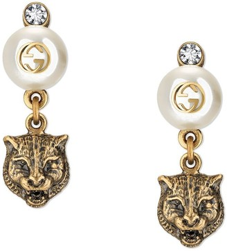 Gucci Feline earrings with resin pearls