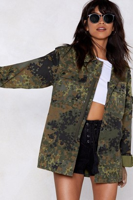 Nasty Gal Womens Vintage Now You See Me Camo Jacket - green - S/M