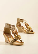 ModCloth Aromatic Bouquet Wedge in Gold in 39