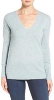 Halogen V-Neck Cashmere Sweater (Petite)