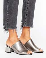 New Look Metallic Block Heeled Mule