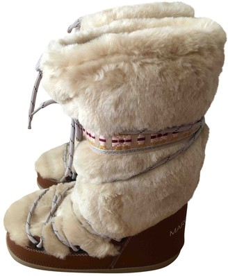 Marc Jacobs Beige Shearling Boots