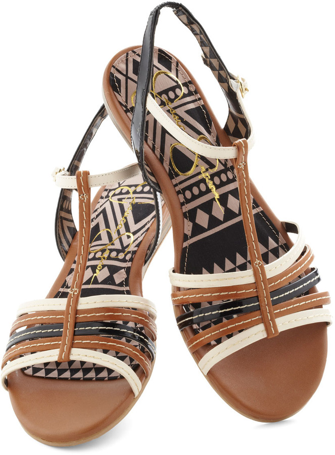 Canyon Feel the Love Sandal