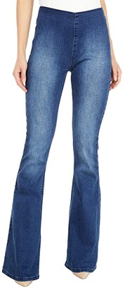Rock and Roll Cowgirl High-Rise Pull-On Flare in Medium Wash W1P6100 (Medium Wash) Women's Jeans