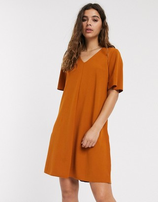 JDY Kora short sleeve v neck swing dress