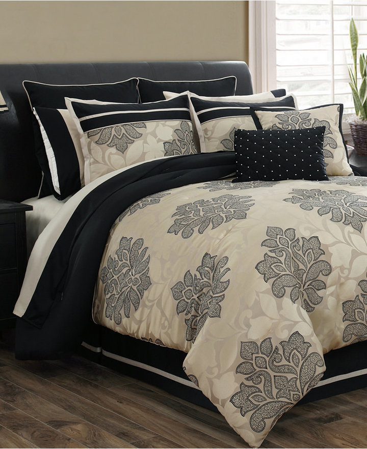 Lafayette 24 Piece Queen Comforter Set