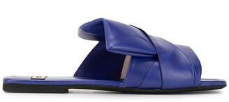 No.21 Crossover Strap Sandals