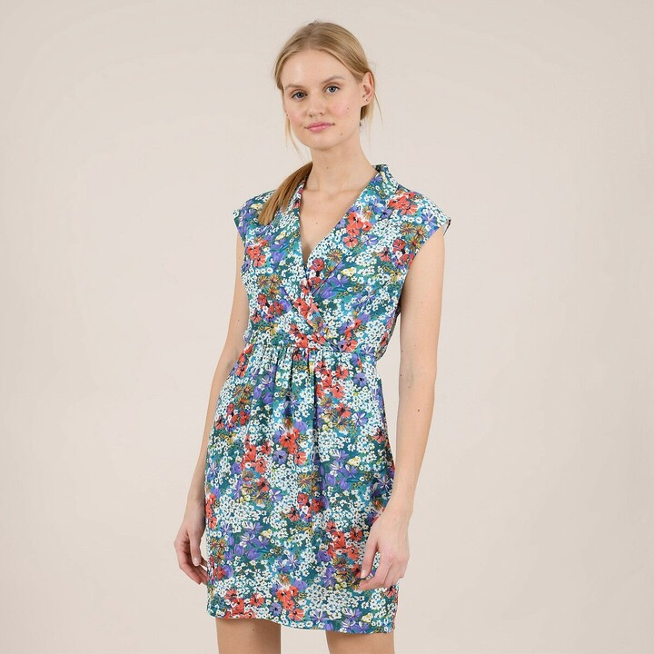 Molly Bracken Sleeveless Mini Dress in Floral Print with Fitted Waist and V-Neck