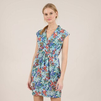 Molly Bracken Short Floral Print Dress with Fitted Waist and V-Neck