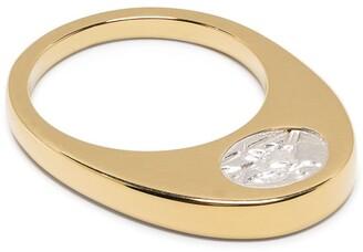VICTORIA STRIGINI Oeuf au Plat gold ring