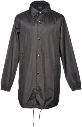 Les (Art)ists Overcoats