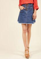 Throwback Fascination Denim Skirt in 25
