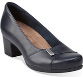 Clarks 'Rosalyn Belle' Pump (Women)