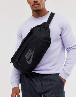 Nike large tech bum bag in black