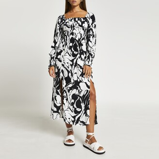 River Island Womens Black printed shirred midi dress