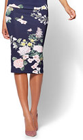New York & Co. 7th Avenue Pull-On Pencil Skirt - Navy Floral