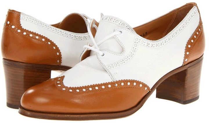 Gravati Wingtip Pump (Tan/White) - Footwear