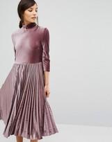 Oasis Pleated Velvet Midi Dress