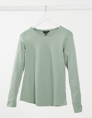 New Look long-sleeved crew neck top in green