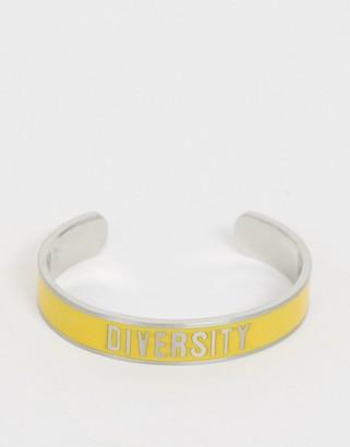 Benetton diversity collection bracelet with diversity slogan