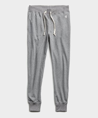 Todd Snyder + Champion Lightweight Slim Jogger Sweatpant in Salt and Pepper