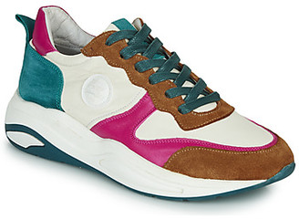 Pataugas FRIDA women's Shoes (Trainers) in White