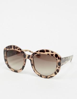 A. J. Morgan AJ Morgan oversized sunglasses in leopard print