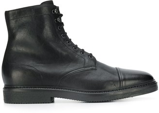 Doucal's lace-up leather boots