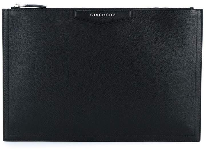 Givenchy large Antigona grained leather pouch
