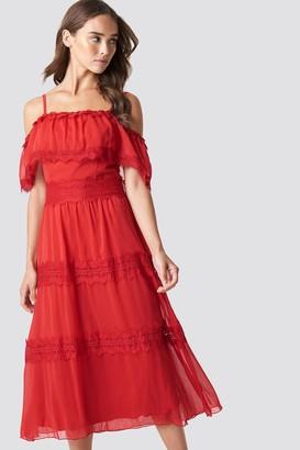 Trendyol Shoulder Strap Lace Midi Dress