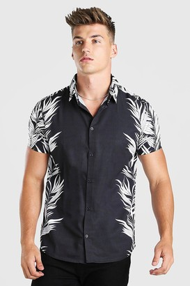 boohoo Mens Black Short Sleeve Side Placement Print Shirt, Black