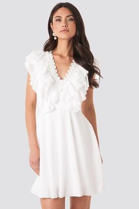 Trendyol Neck Detail Midi Dress White