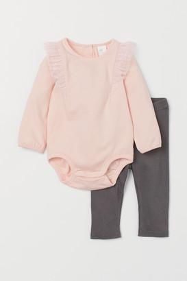 H&M Bodysuit and leggings