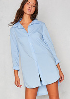 Missy Empire Roxane Blue Side Split Dip Hem Shirt
