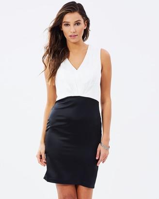 Skiva V-Neck Dress