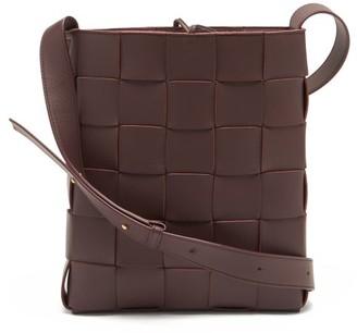 Bottega Veneta Cassette Small Intrecciato Leather Cross-body Bag - Dark Burgundy