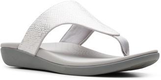 Clarks Cloudsteppers Lightweight Flip Flop Sandals - Brio Vibe