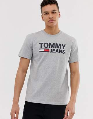 Tommy Jeans classic chest logo t-shirt in grey