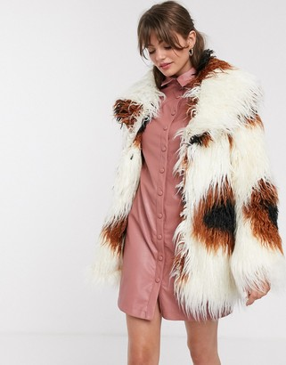 Glamorous shaggy faux fur jacket in smudge print-Cream