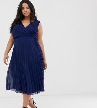 Asos DESIGN Curve wrap bodice midi dress with tie waist and pleat skirt-Navy