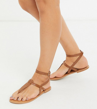 ASOS DESIGN Wide Fit Fennel leather toe post sandal in tan