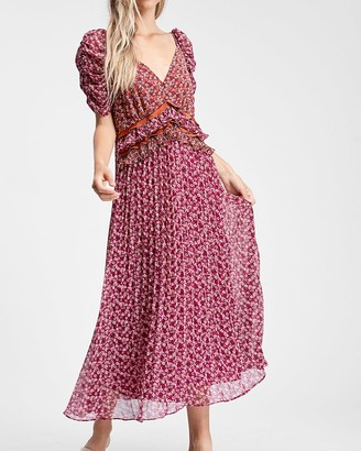 Express En Saison Floral Print Pleated Maxi Dress