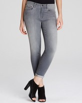 Vince Mason Relaxed Rolled Jeans in Rosewood