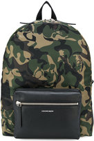 Alexander McQueen camouflage skull backpack - men - Polyamide - One Size