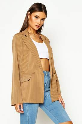 boohoo Relaxed Pinstripe Double Breasted Blazer