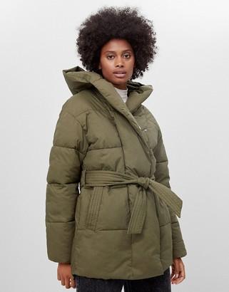 Bershka belted padded puffer jacket with hood in khaki