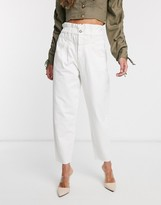 Stradivarius slouchy jean in white
