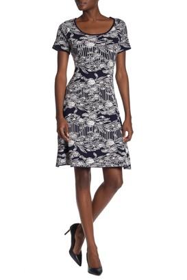 Robbie Bee Floral Print Knit Dress