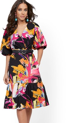 New York & Co. Graphic-Print Poplin Puff-Sleeve Wrap Dress